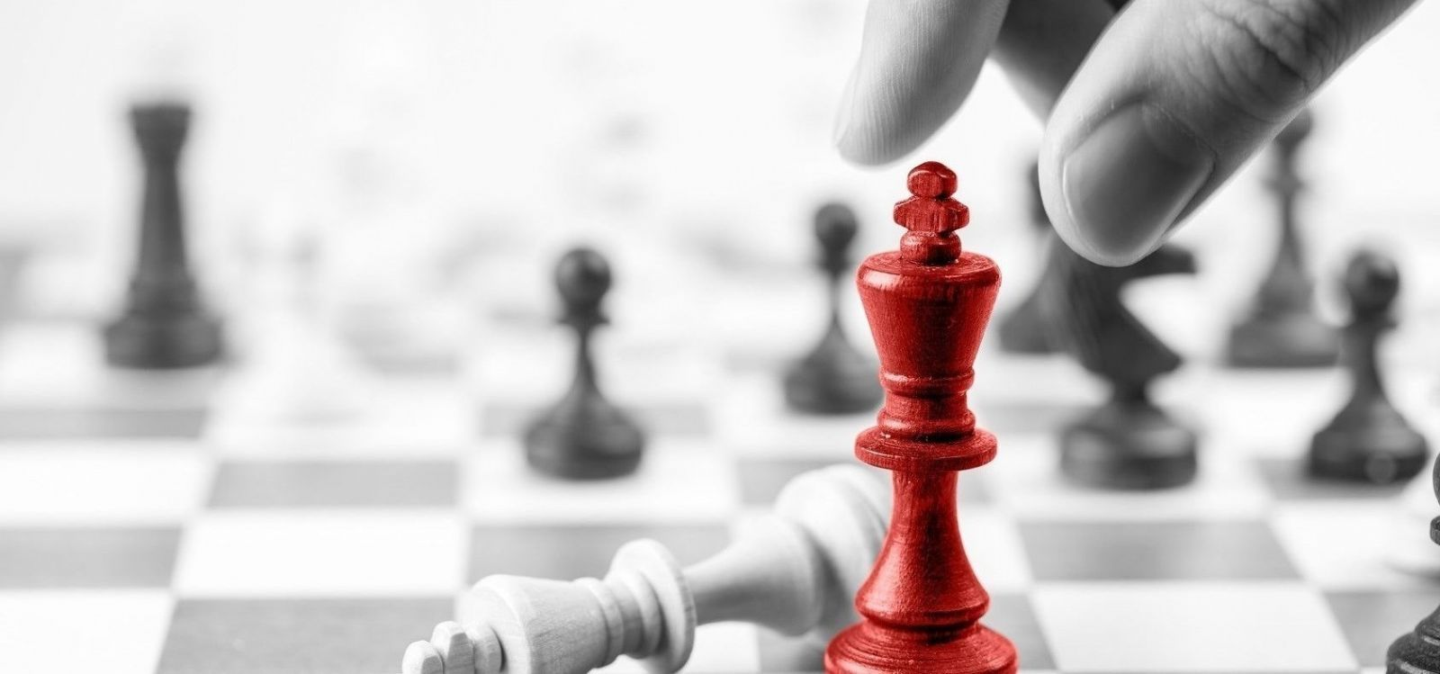 MAKE YOUR BEST MOVE TO WIN